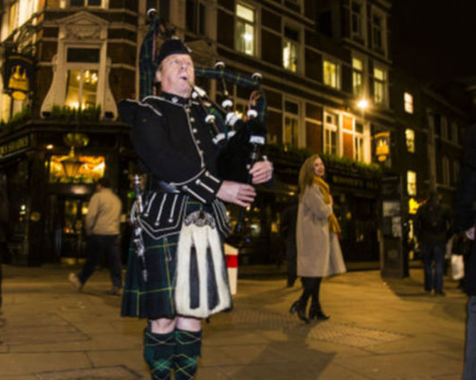 Burns night at Boisdale of Bishopsgate - Fantastic place to address the haggis....